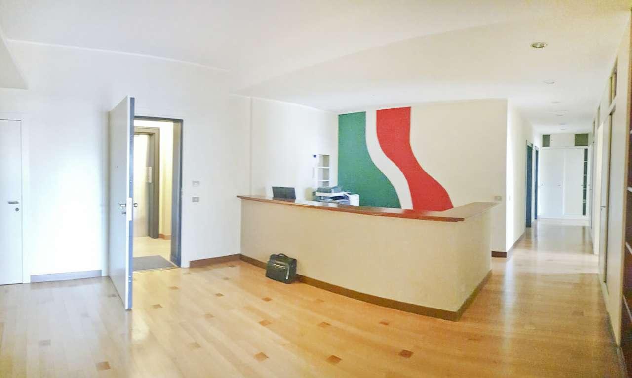 Ufficio-studio in Vendita a Milano 01 Centro storico (Cerchia dei Navigli): 4 locali, 140 mq