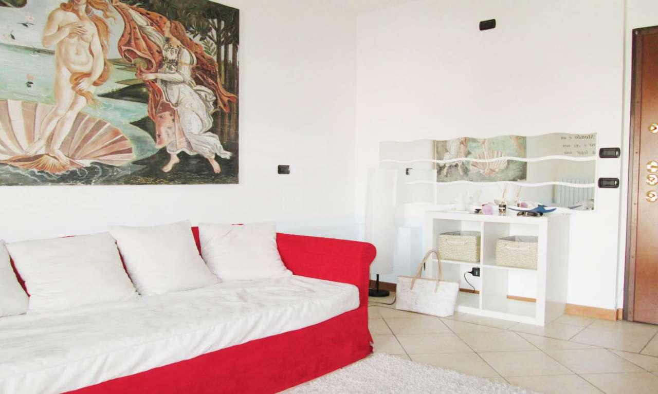 Appartamento in Vendita a Milano 29 Certosa / Bovisa / Dergano / Maciachini / Istria / Testi: 2 locali, 50 mq