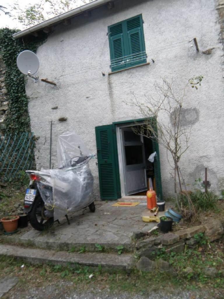 Bilocale Davagna Via Serrato 4