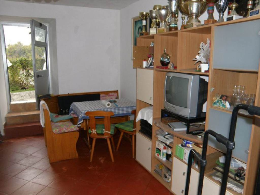 Bilocale Davagna Via Serrato 7