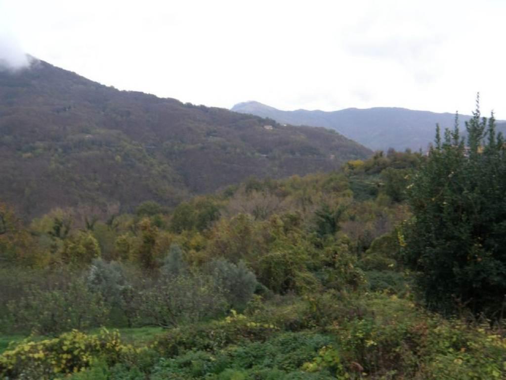 Bilocale Davagna Via Serrato 12