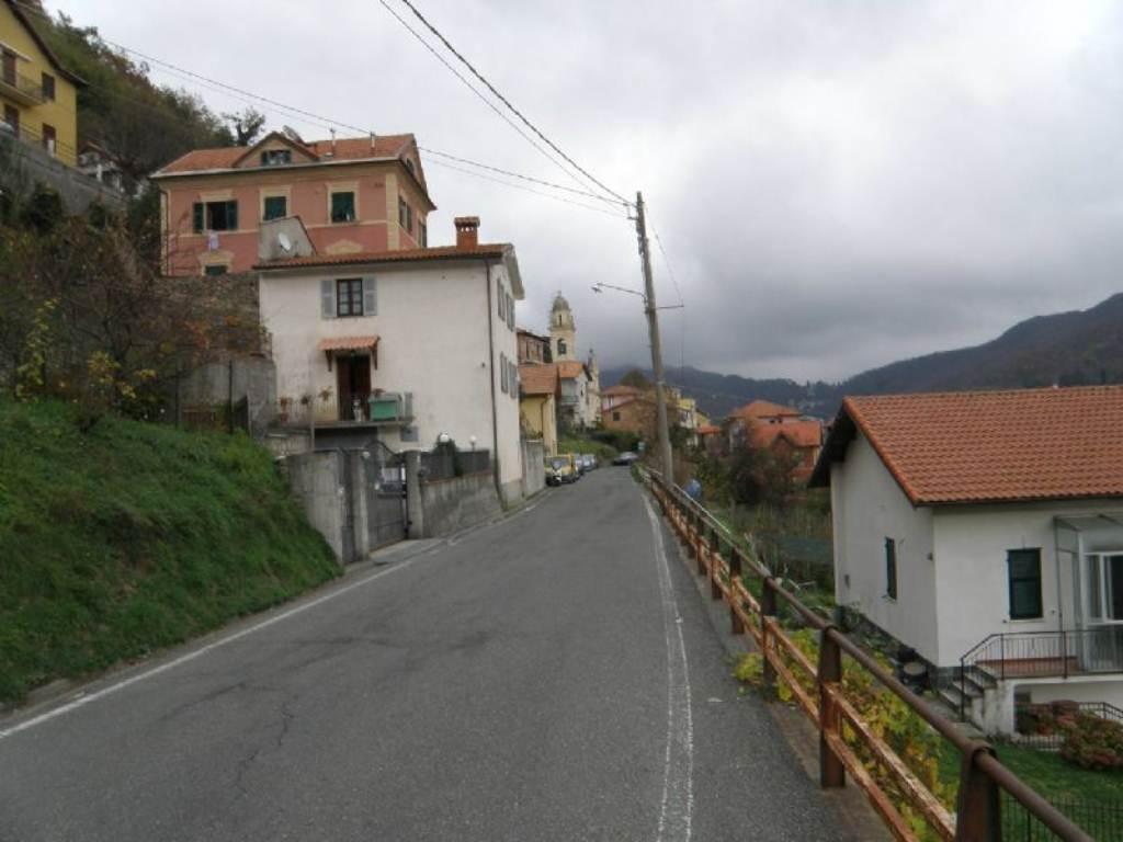 Bilocale Davagna Via Serrato 13