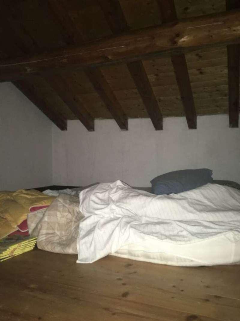 Bilocale Montoggio Via Cravasco 10