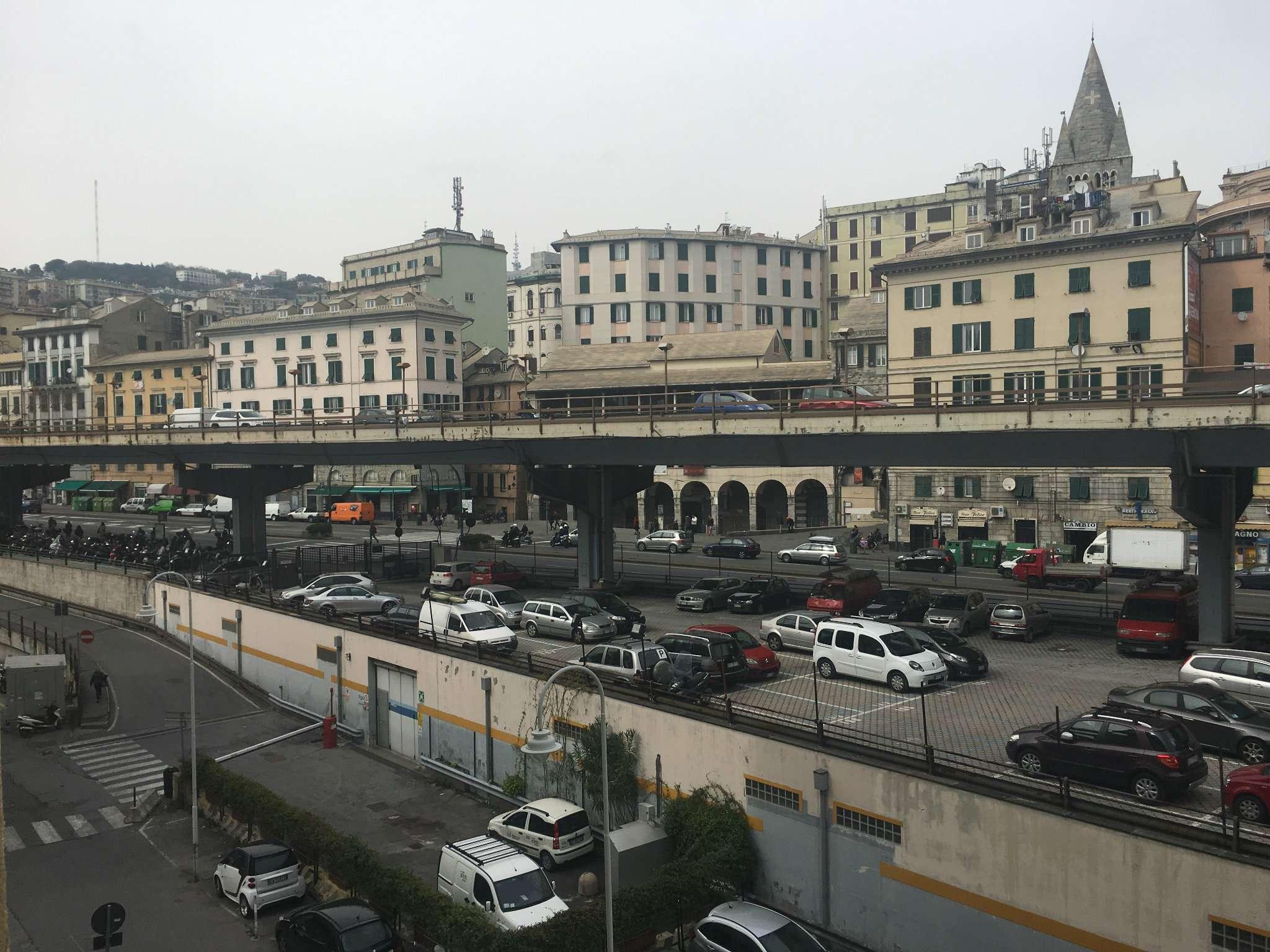 Bilocale Genova Via Boccanegra 5