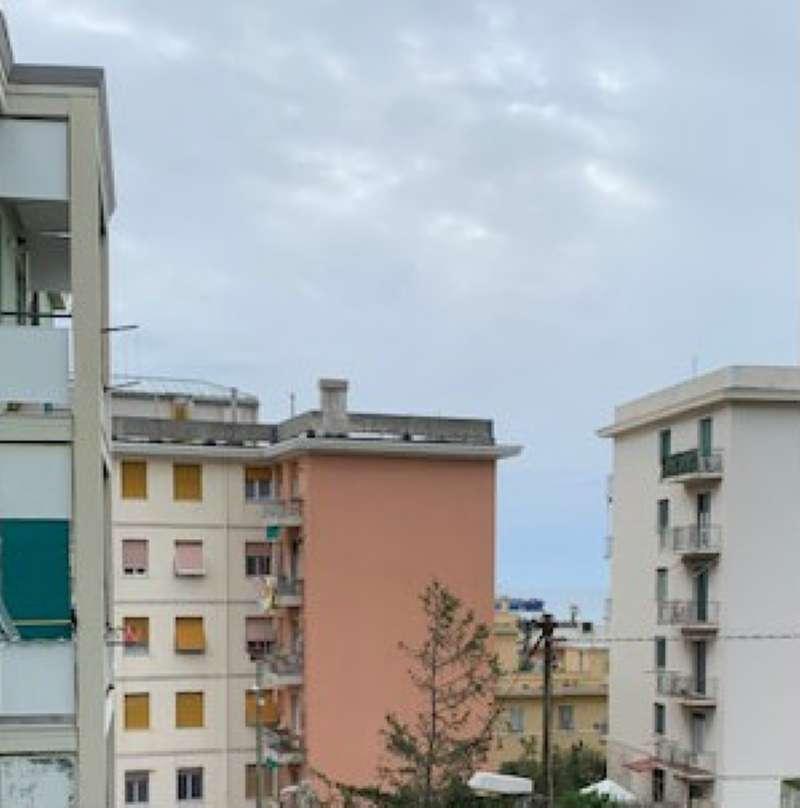 Foto 1 di Appartamento via Santorre De Rossi di Santa Rosa, Genova (zona Quinto-Nervi)