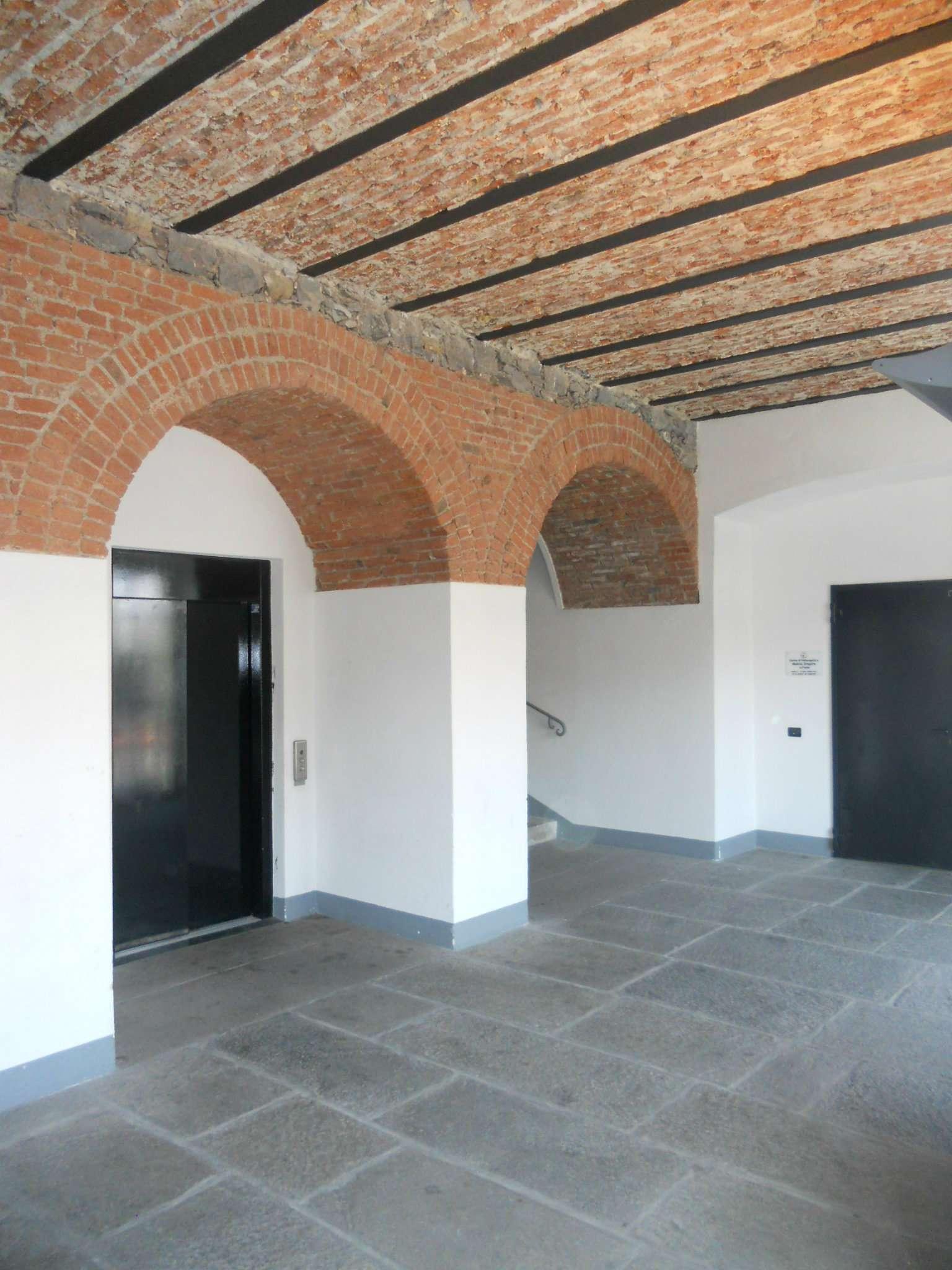 Bilocale Genova Via Boccanegra 10