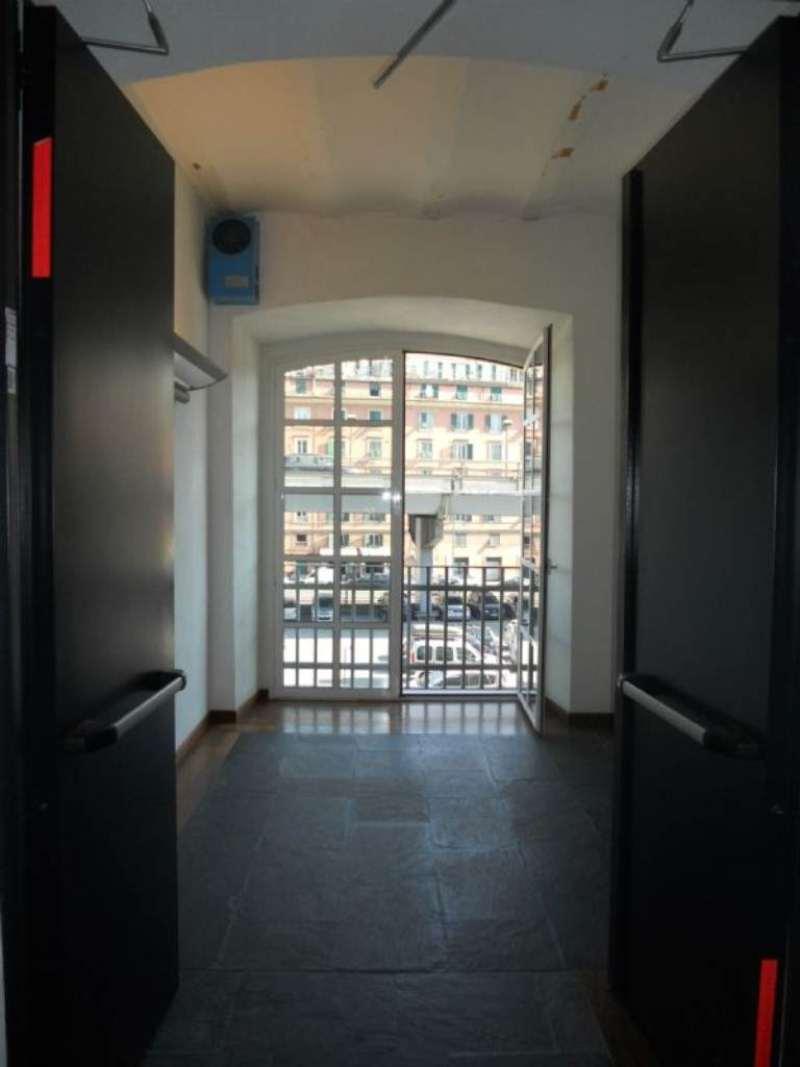 Bilocale Genova Via Boccanegra 12