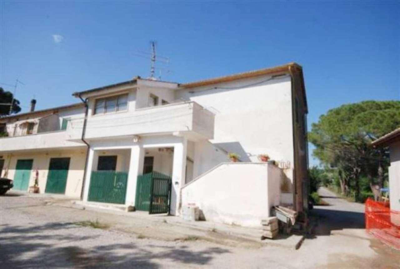 Appartamento in vendita a Capalbio, 7 locali, prezzo € 340.000 | Cambio Casa.it