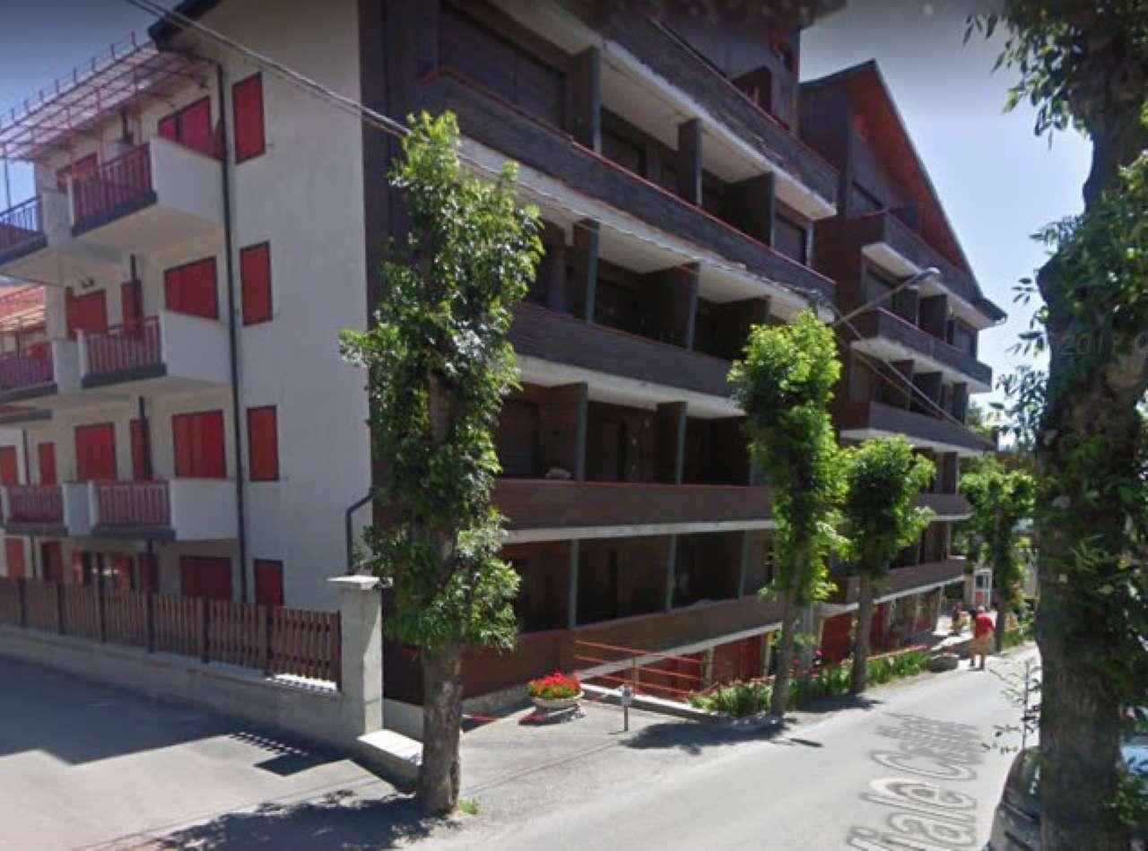 Foto 1 di Trilocale viale Callet, Bardonecchia