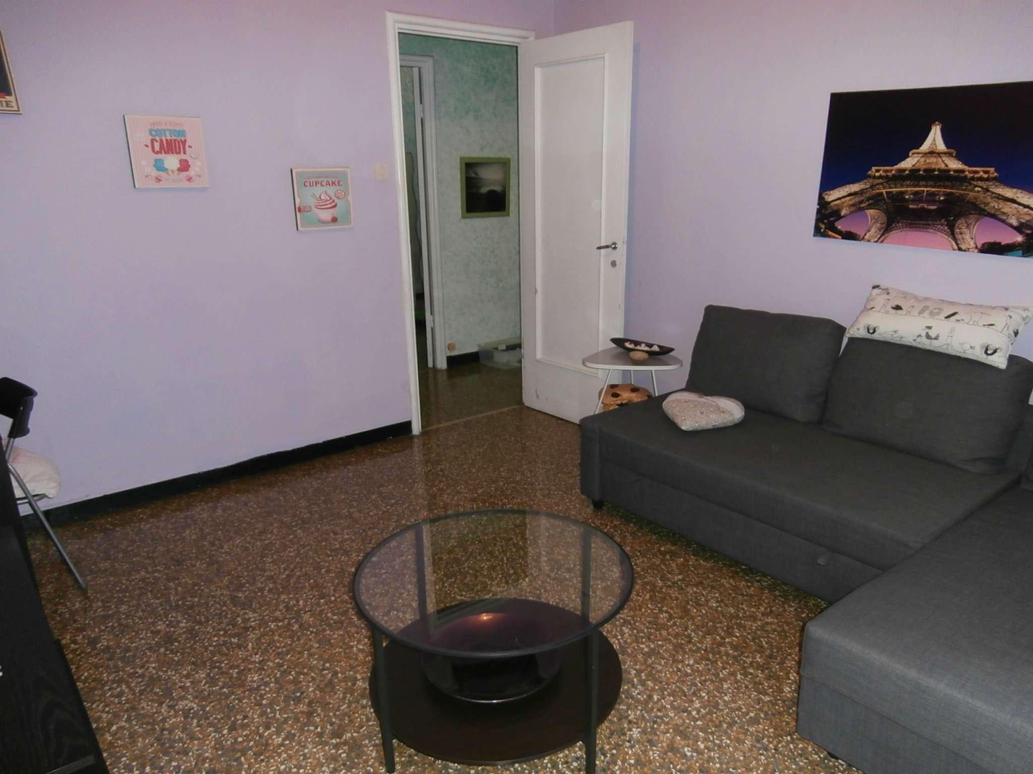 Bilocale Genova Corso Gastaldi 5