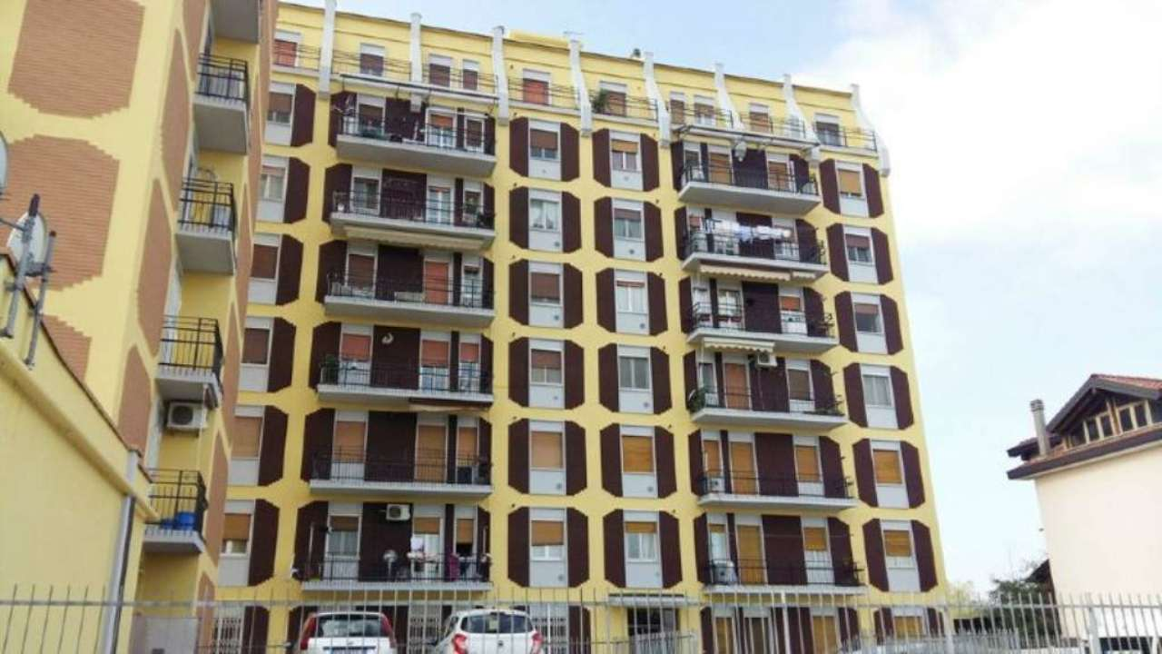 Bilocale Bollate Via San Pietro 1