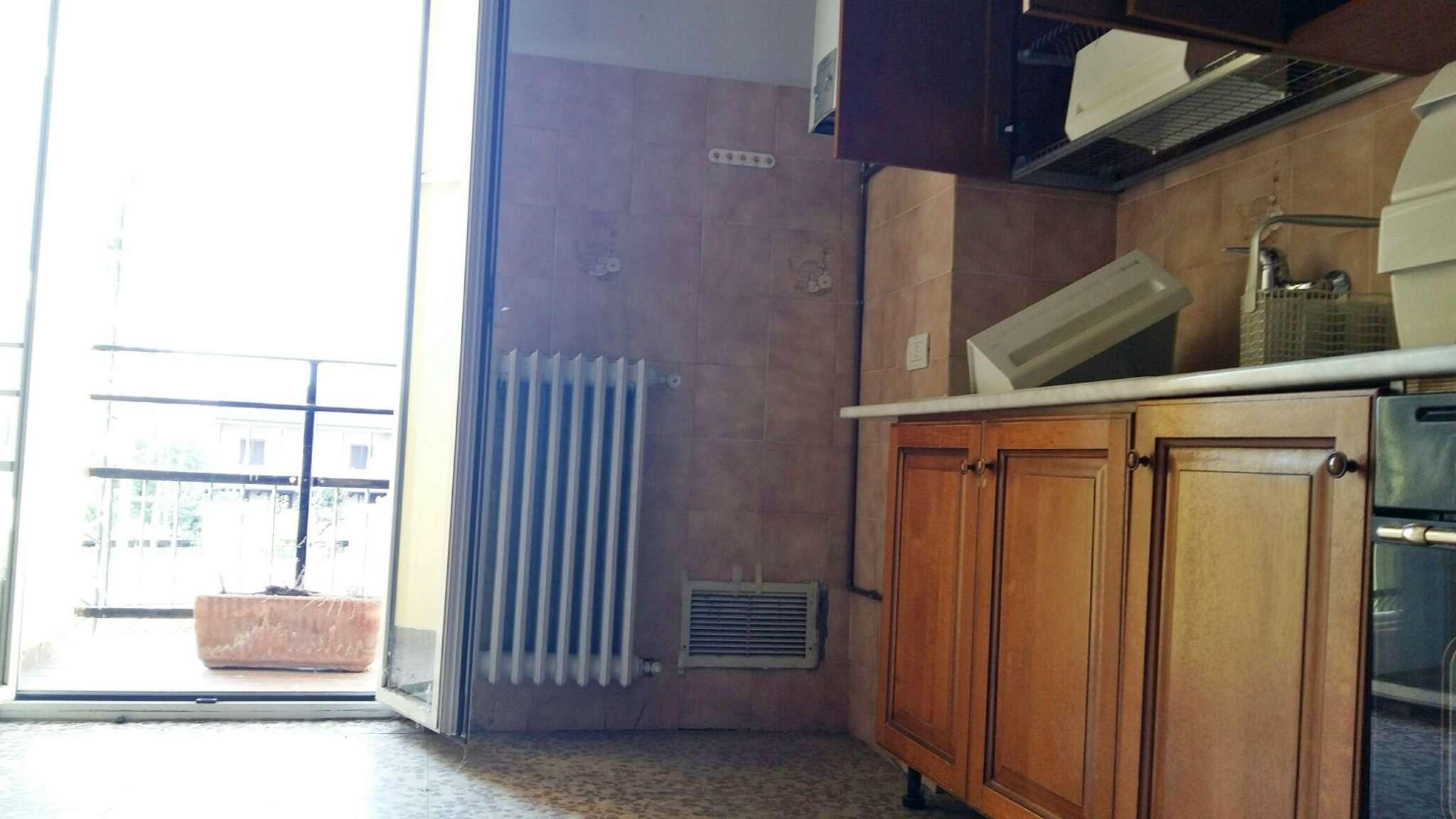 Bilocale Bollate Via San Pietro 3