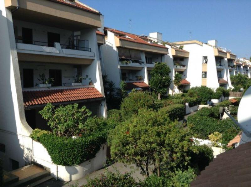Appartamento in vendita a Cerveteri, 2 locali, prezzo € 130.000   Cambiocasa.it