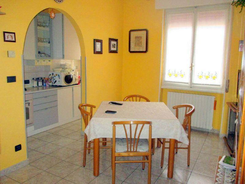 Appartamento in vendita a Landriano, 3 locali, prezzo € 88.000 | CambioCasa.it