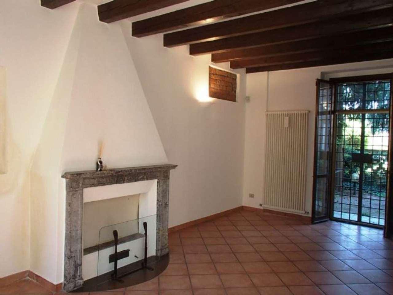 Villa in vendita a Landriano, 4 locali, prezzo € 269.000 | Cambio Casa.it