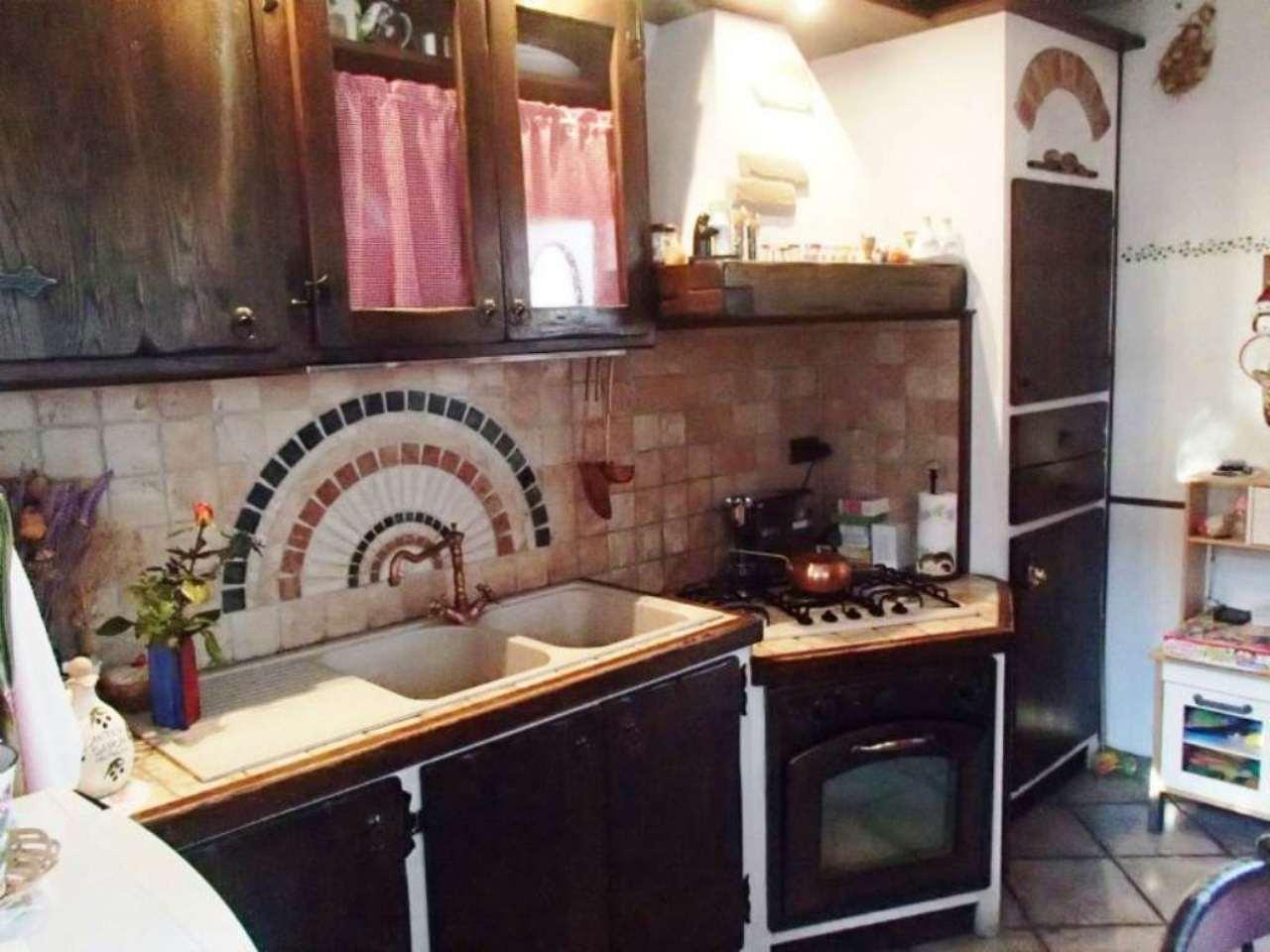 Appartamento in vendita a Vidigulfo, 3 locali, prezzo € 150.000 | Cambio Casa.it
