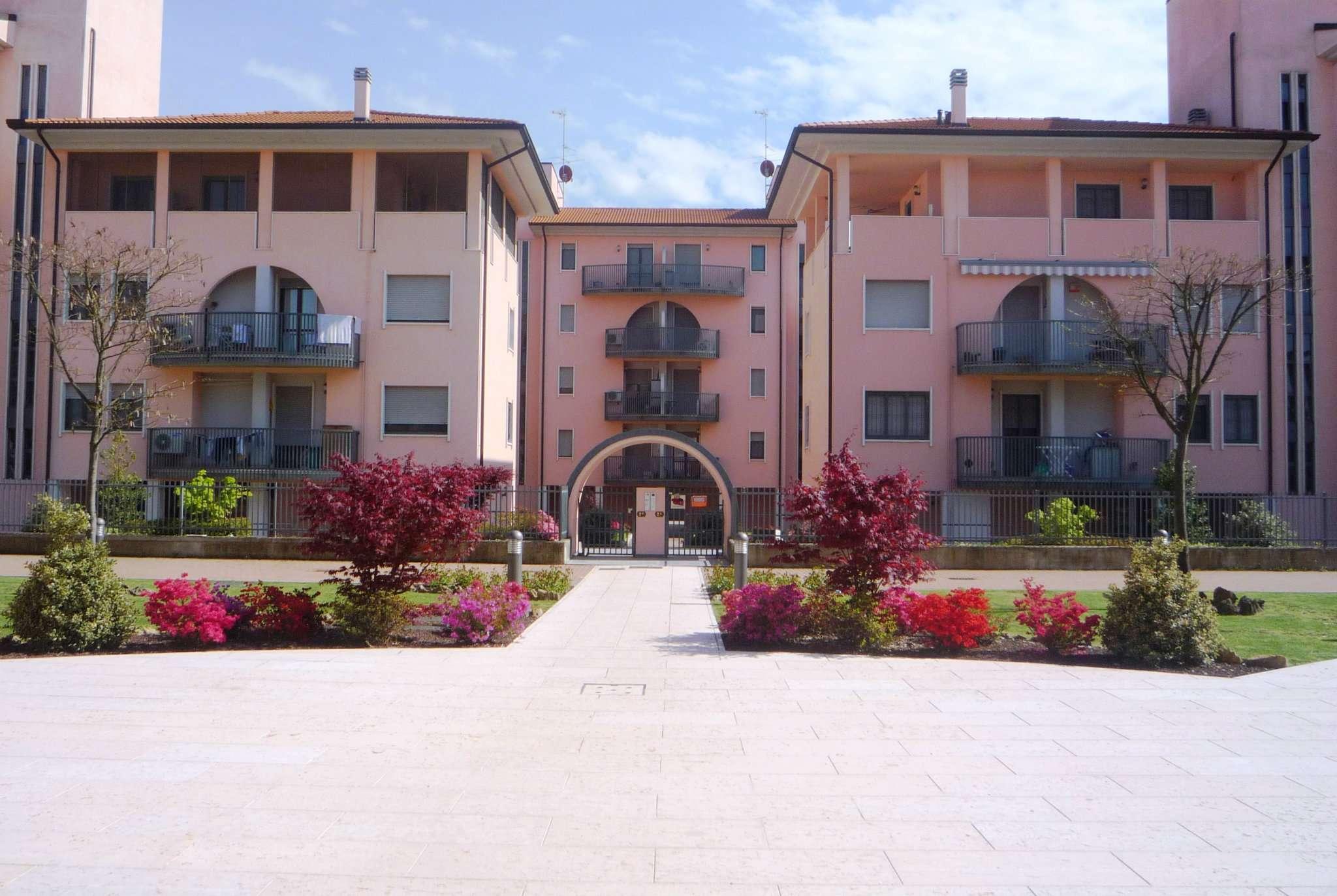 Appartamento in vendita a Landriano, 2 locali, prezzo € 103.000 | Cambio Casa.it