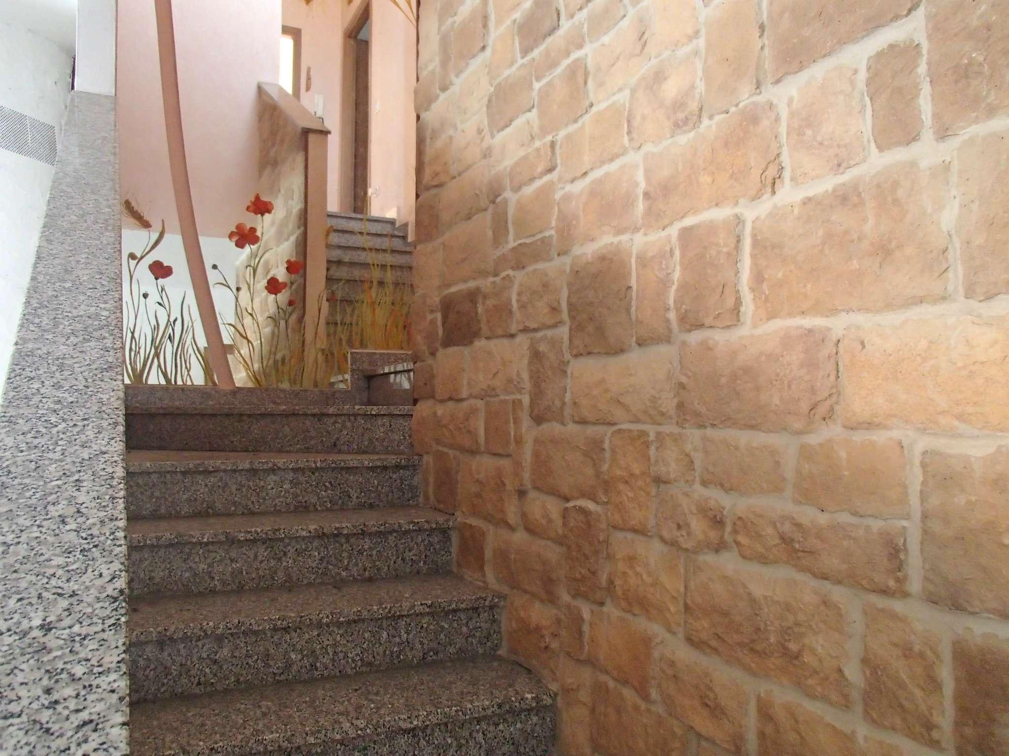 Villa a Schiera in vendita a Torre d'Arese, 6 locali, prezzo € 165.000 | CambioCasa.it