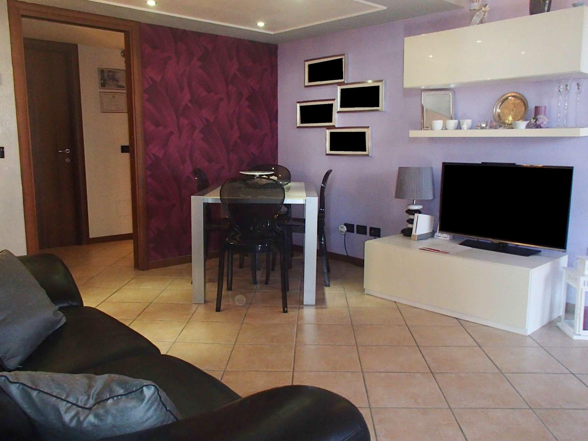 Appartamento in vendita a Landriano, 4 locali, prezzo € 165.000 | CambioCasa.it