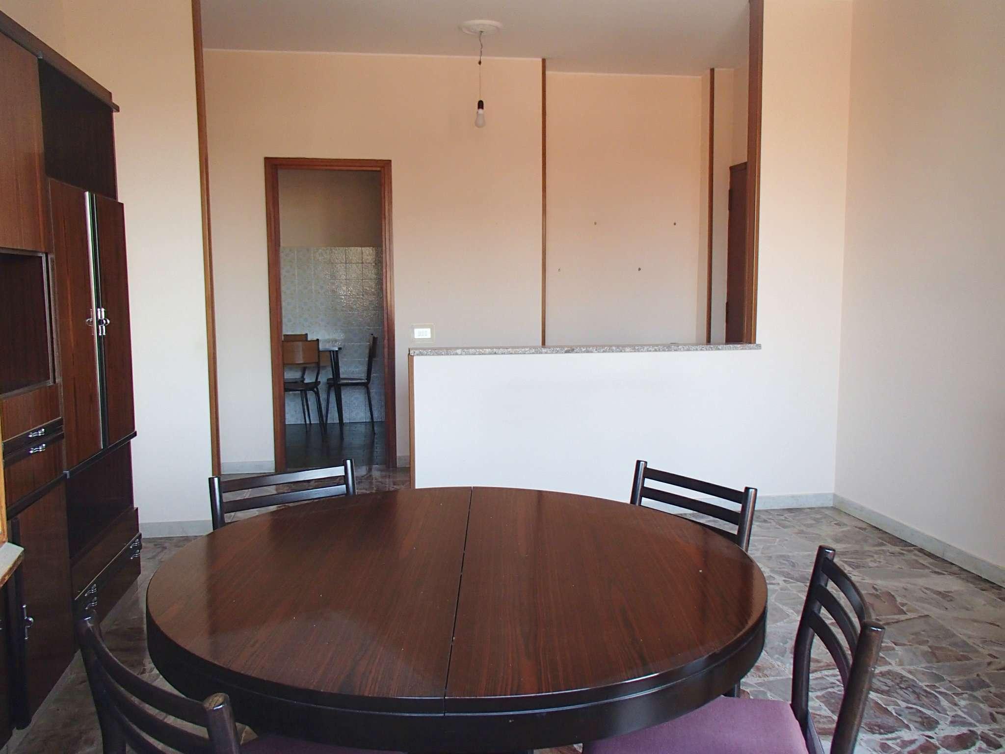 Appartamento in vendita a Landriano, 3 locali, prezzo € 125.000 | CambioCasa.it