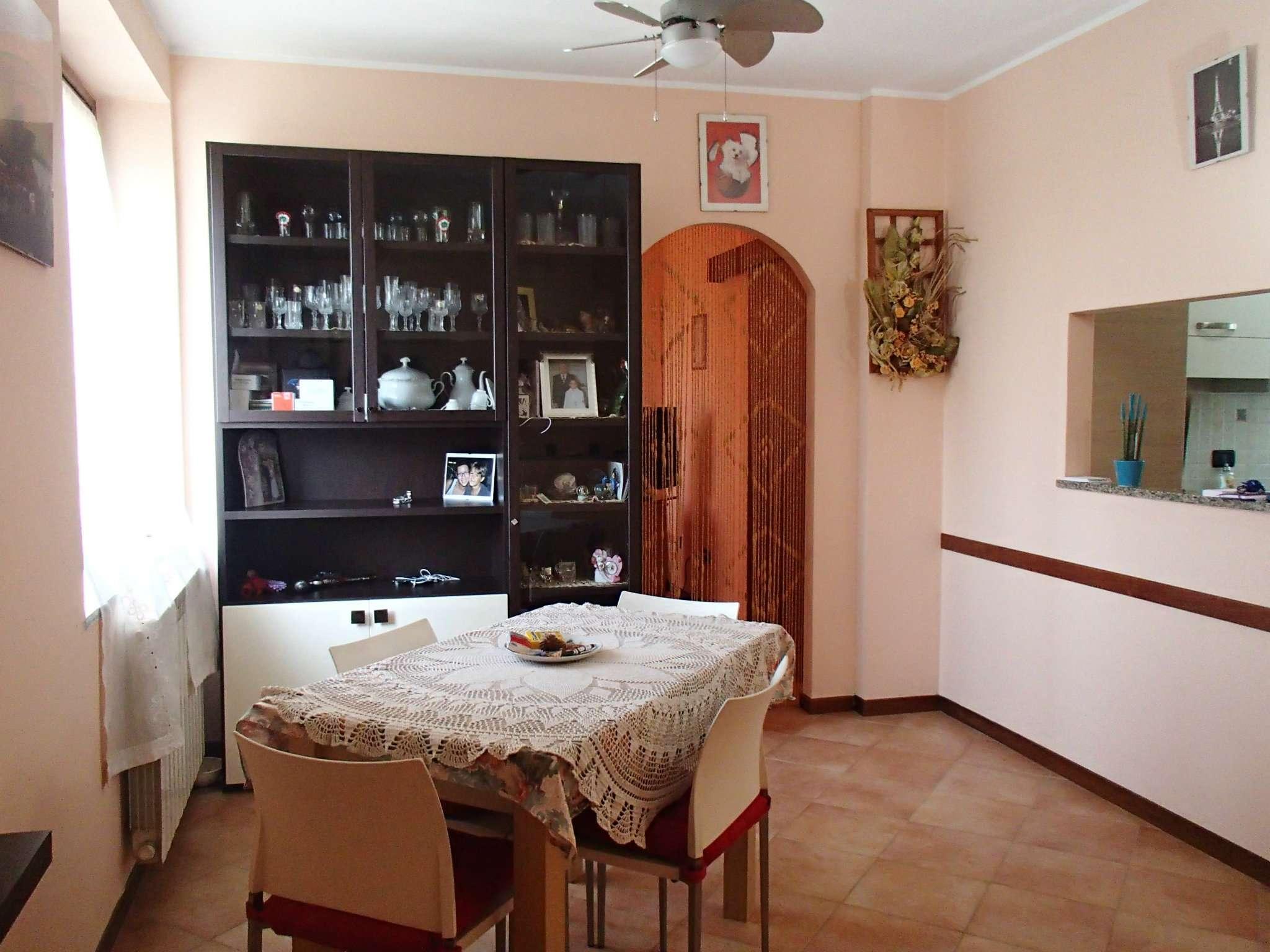 Appartamento in vendita a Vidigulfo, 2 locali, prezzo € 85.000   CambioCasa.it