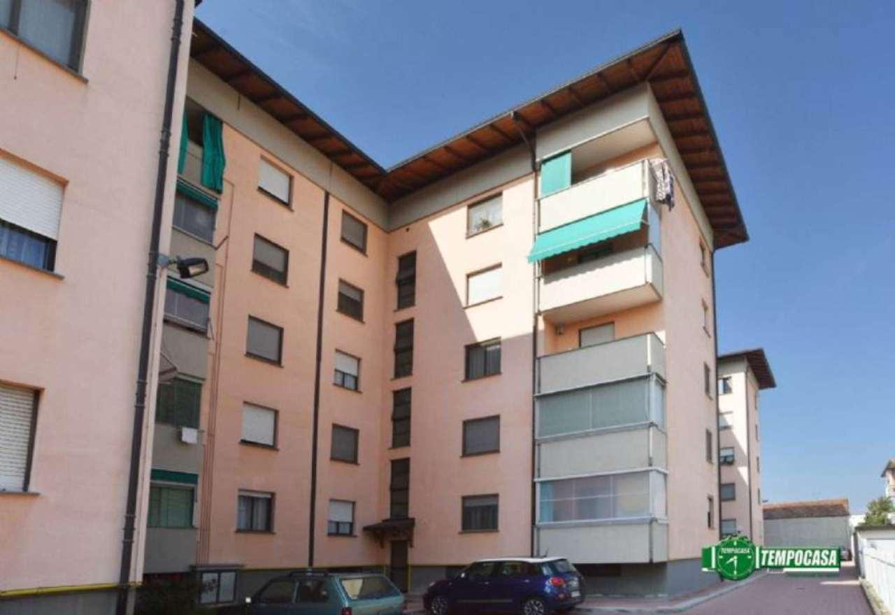 Appartamento in vendita a Settimo Torinese, 4 locali, prezzo € 99.000   Cambio Casa.it