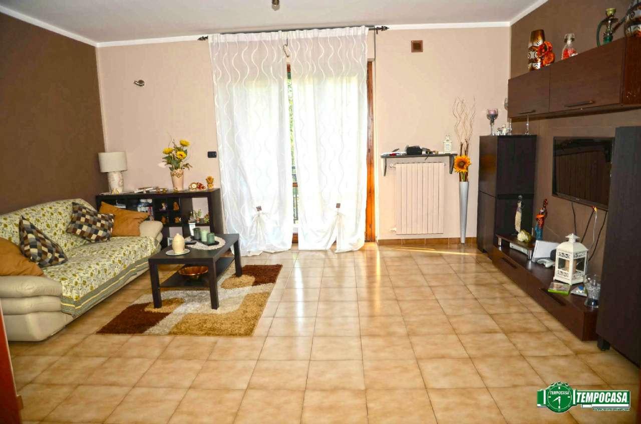 Appartamento in vendita a Settimo Torinese, 4 locali, prezzo € 150.000 | CambioCasa.it