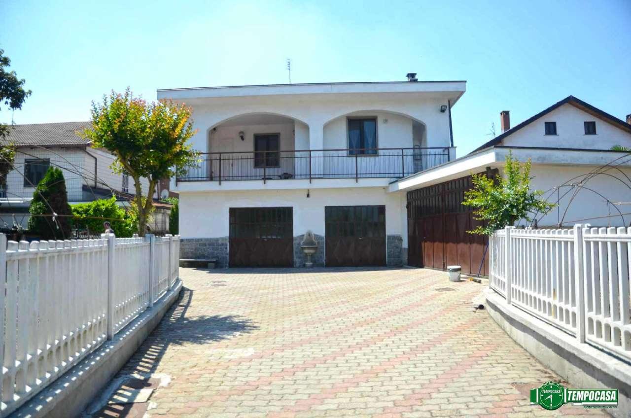 Villa Bifamiliare in Vendita a Settimo Torinese