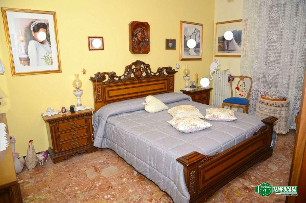 Bilocale Settimo Torinese Via Provana 4