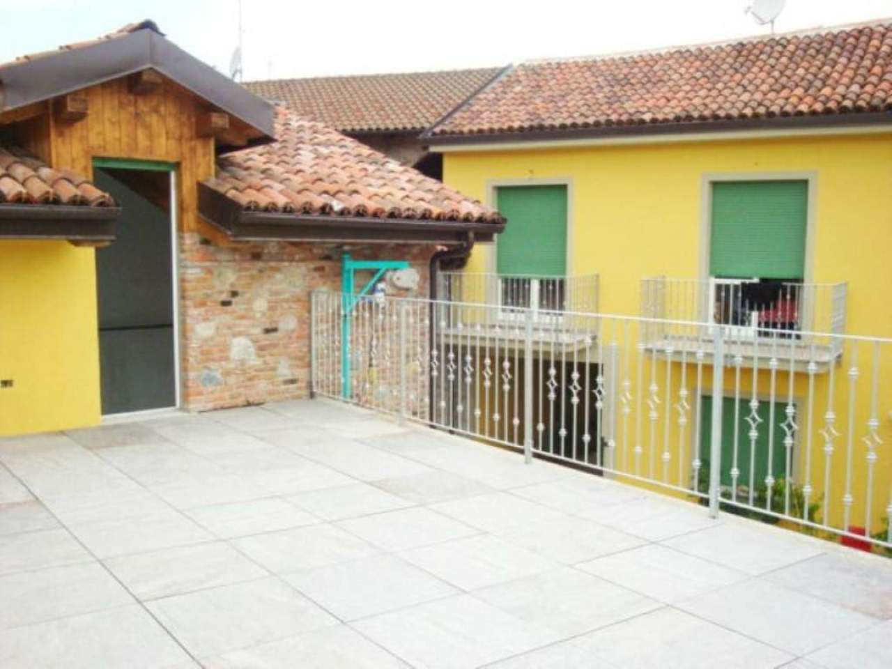 Bilocale Gassino Torinese Via Vittorio Veneto 8