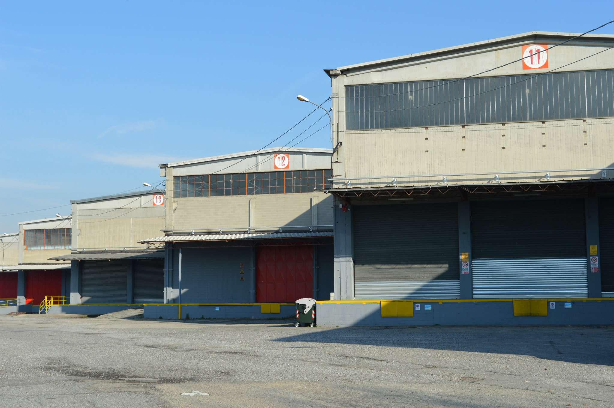 Immobili commerciali in affitto san mauro torinese cerco for Locazione commerciale transitoria