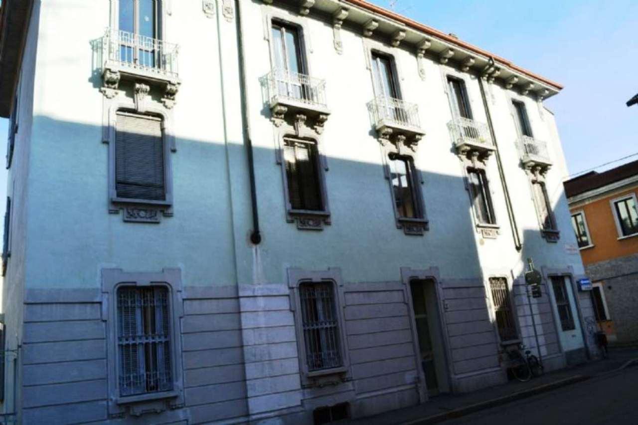 Bilocale Monza Via Giusti 2