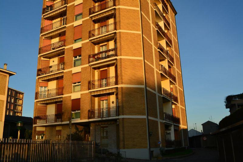 Bilocale Vedano al Lambro Via Cesare Battisti 11