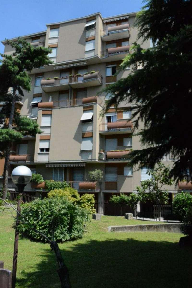 Bilocale Monza Via Monti E Tognetti 1