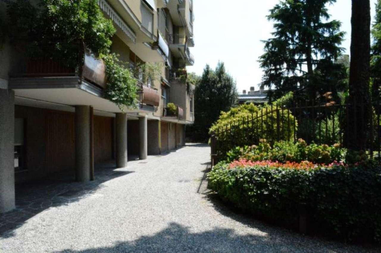 Bilocale Monza Via Monti E Tognetti 10