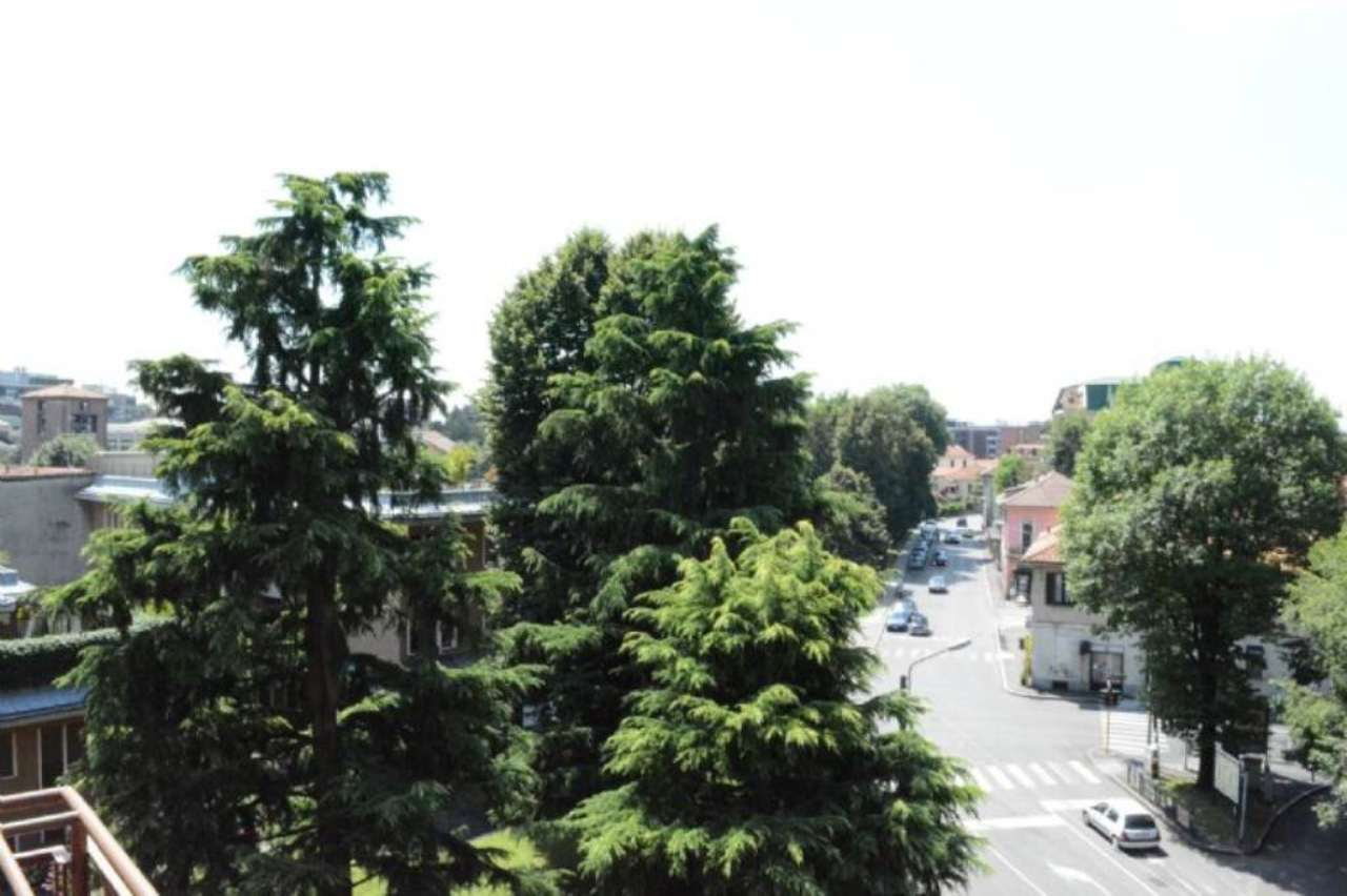 Bilocale Monza Via Monti E Tognetti 9