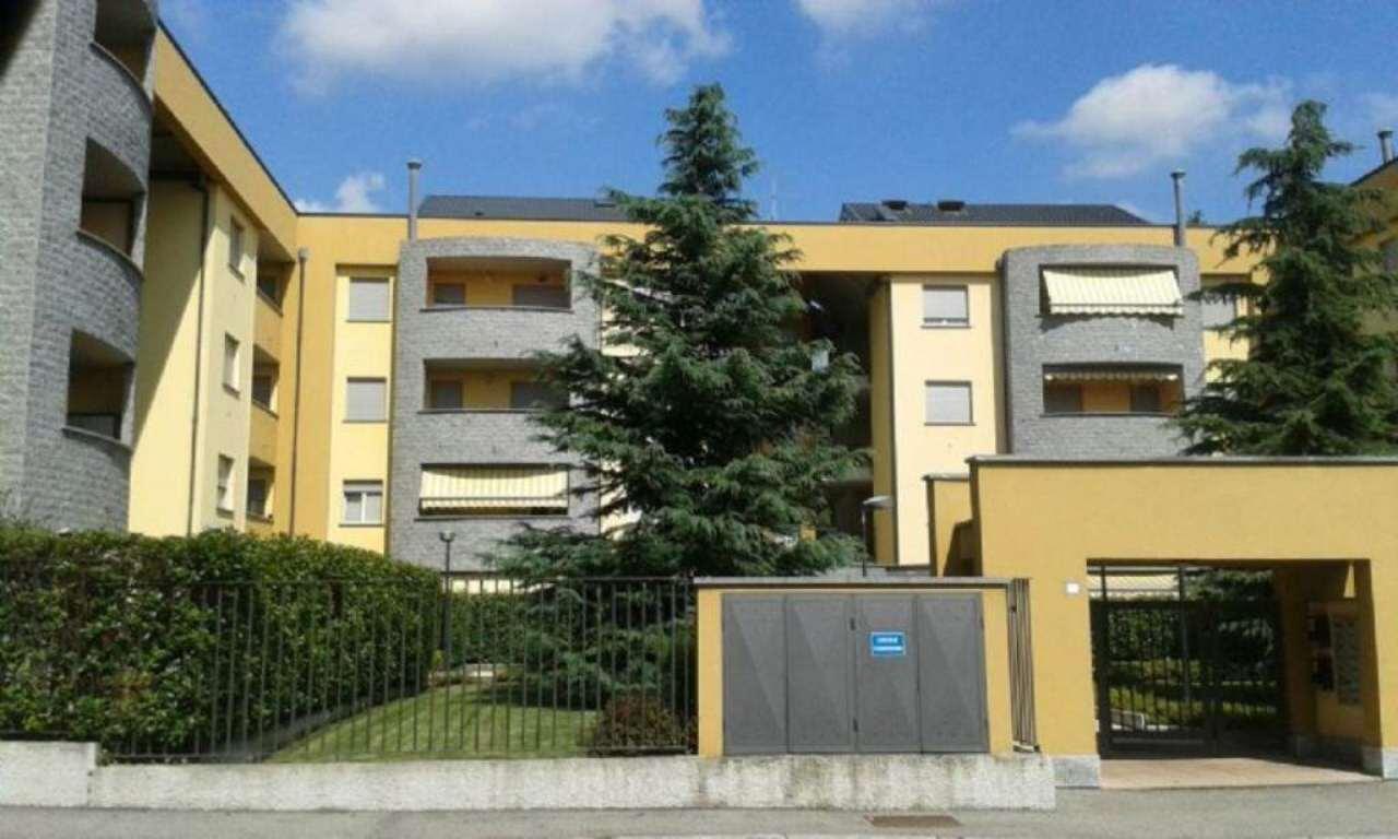 Bilocale Giussano Via Parini 1