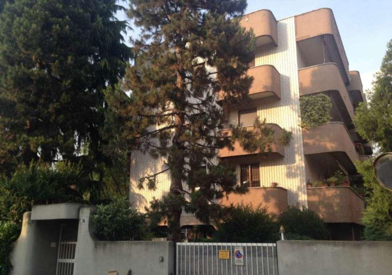 Bilocale Monza Via Palestrina 2