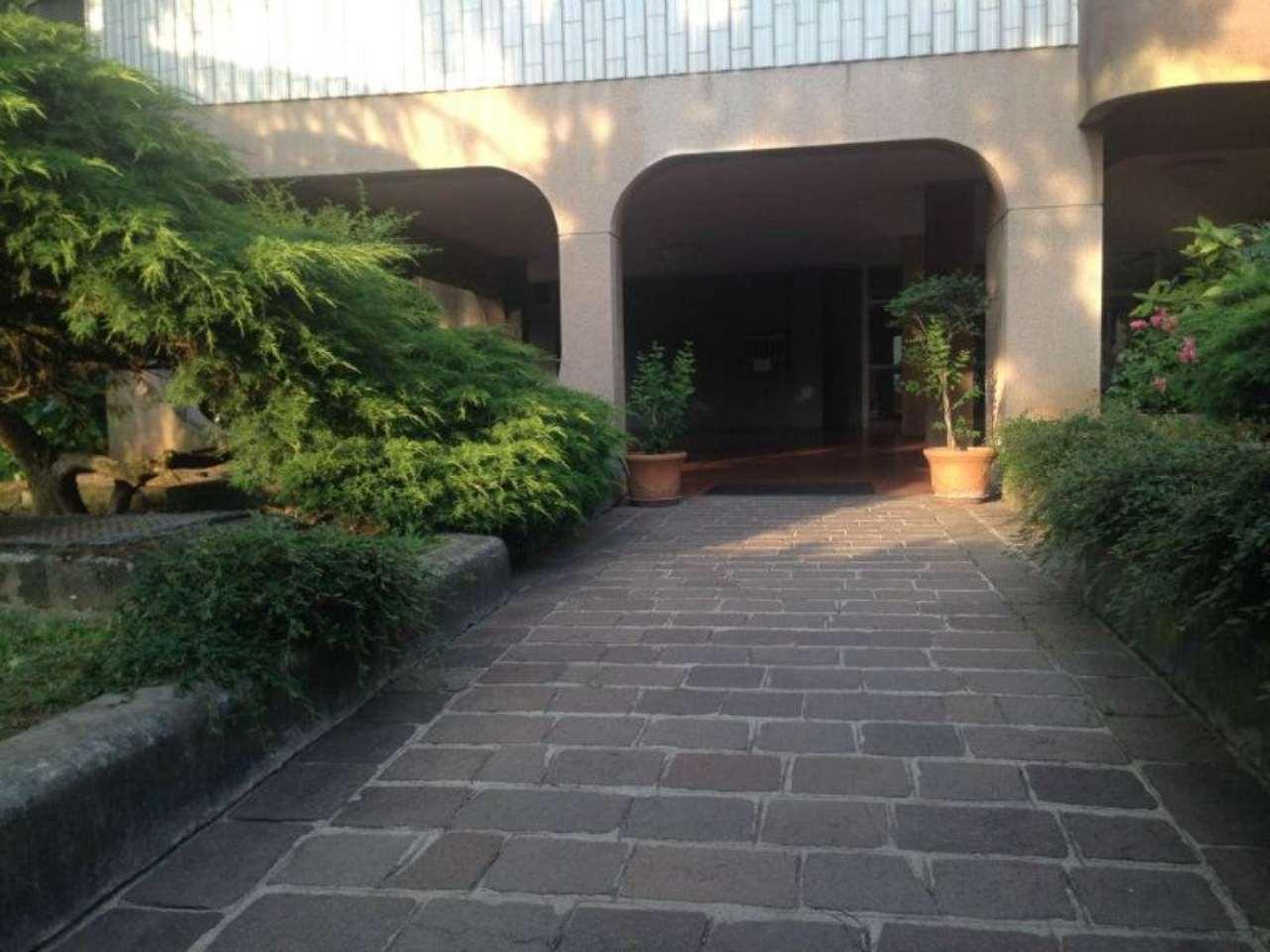 Bilocale Monza Via Palestrina 3