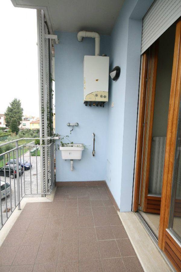 Bilocale Lucca Via Ferraris 10