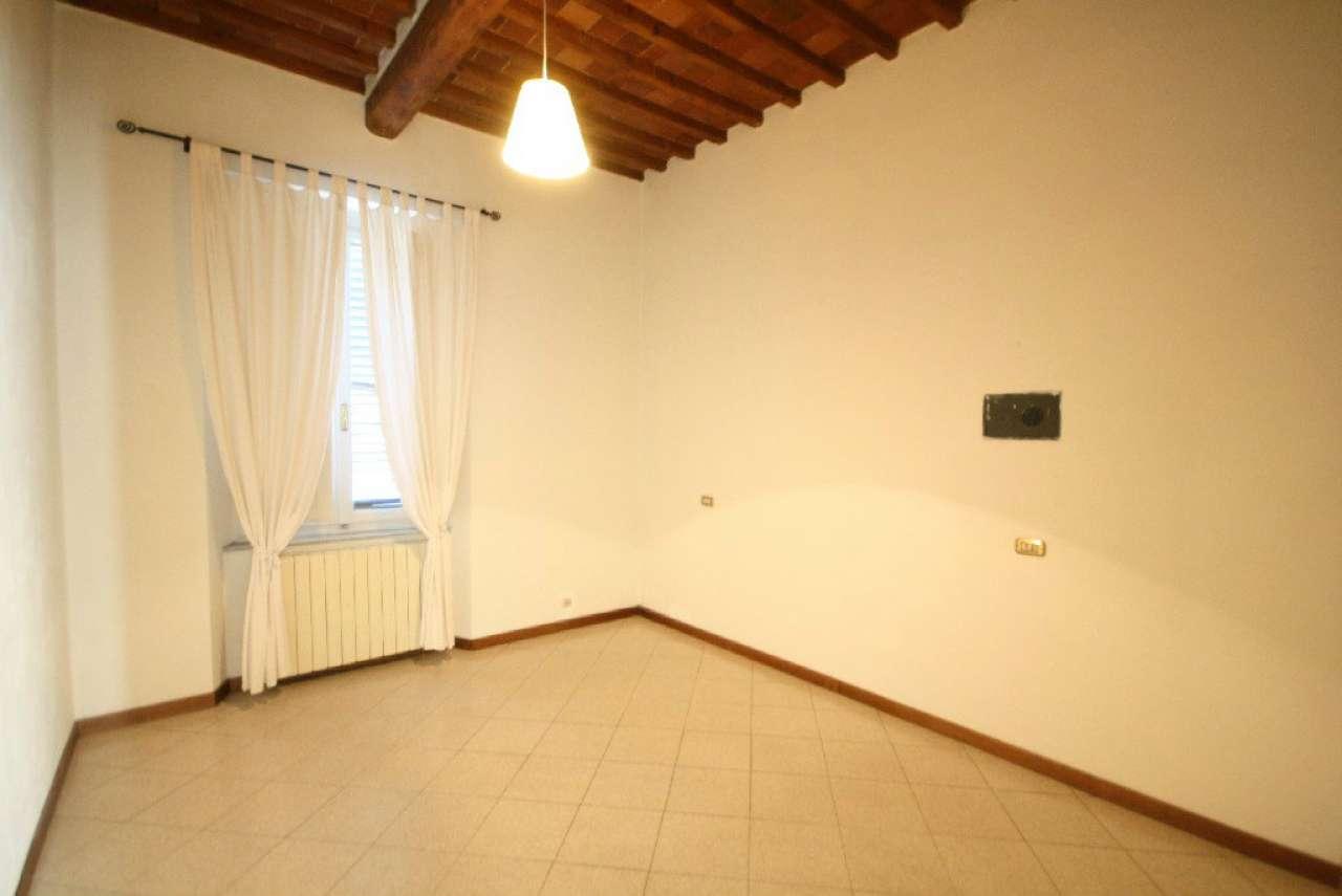 Bilocale Lucca Via Borgo Giannotti 6