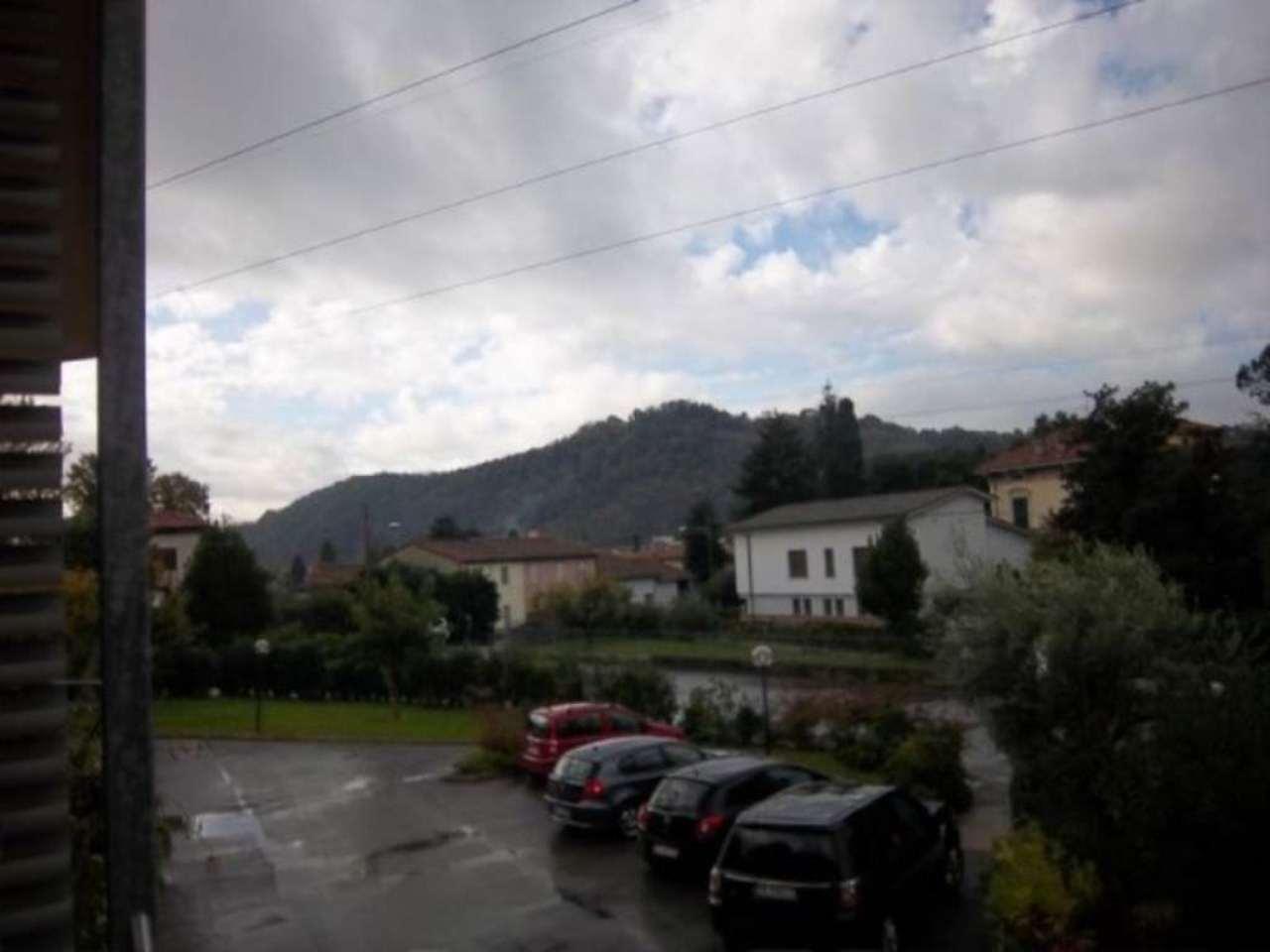Bilocale Lucca Viale San Gemignano 5