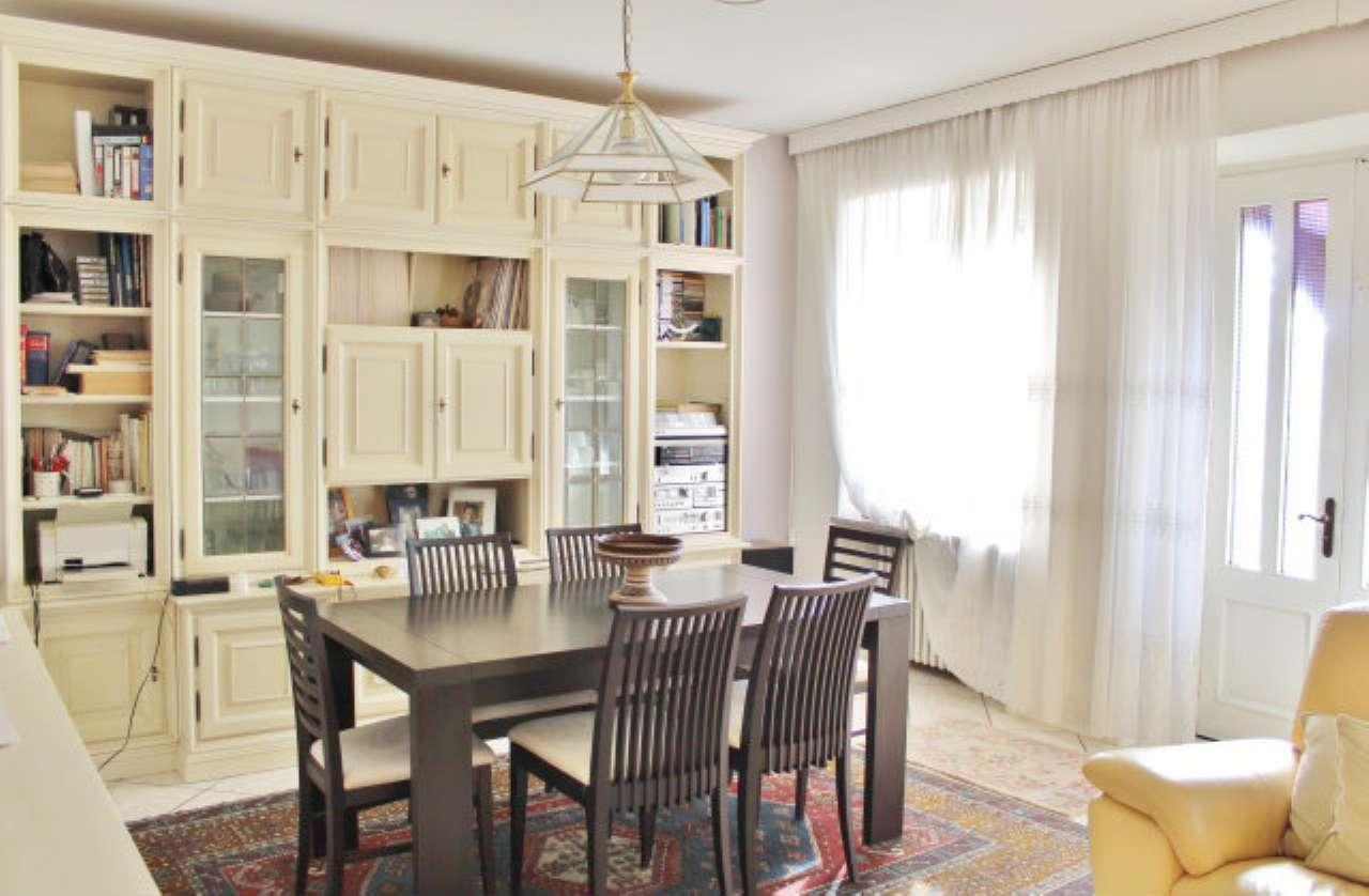 Porzione di casa 5 locali in vendita a Salussola (BI)