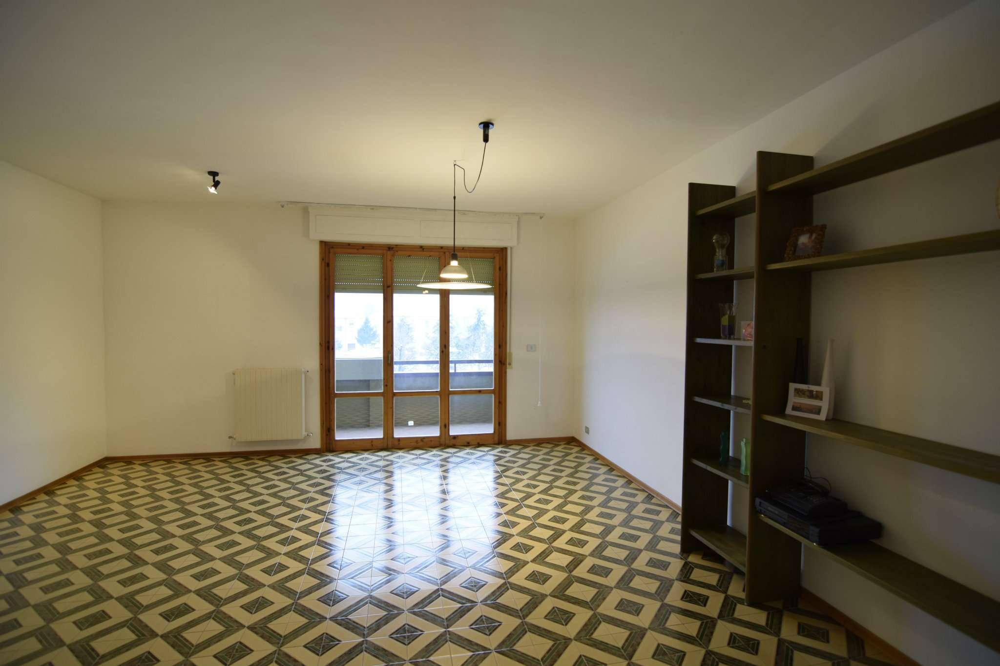 Appartamento in affitto a Capolona, 4 locali, prezzo € 500 | Cambio Casa.it