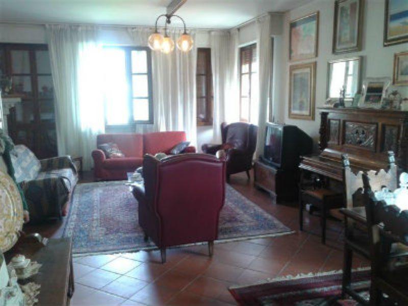 Soluzione Indipendente in vendita a Arezzo, 6 locali, prezzo € 750.000 | Cambio Casa.it