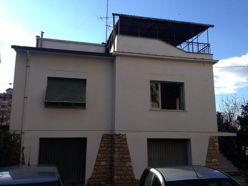 Soluzione Indipendente in vendita a Arezzo, 5 locali, prezzo € 410.000 | Cambio Casa.it