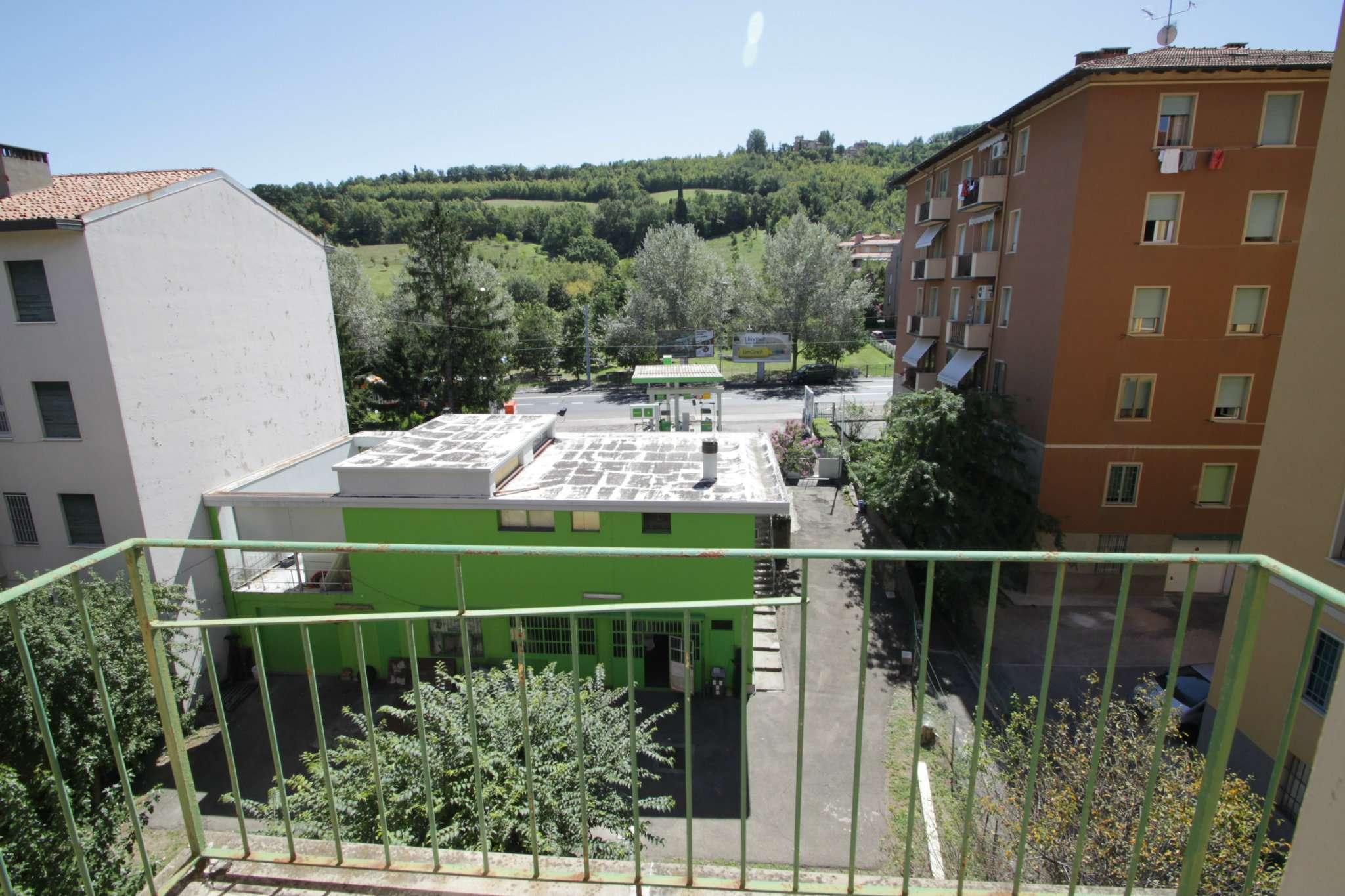 Bilocale Bologna Via Claudio Treves 4