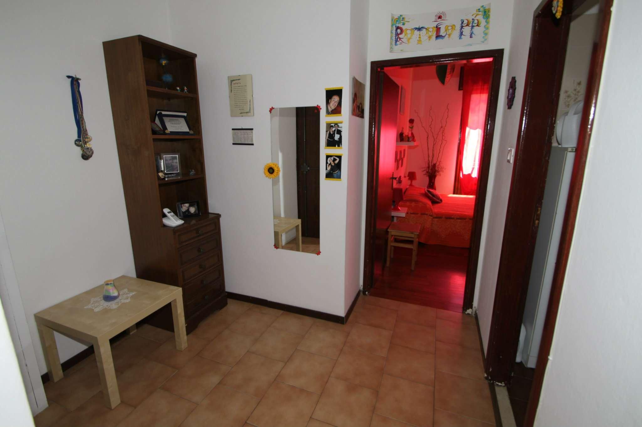 Bilocale Bologna Via Claudio Treves 6