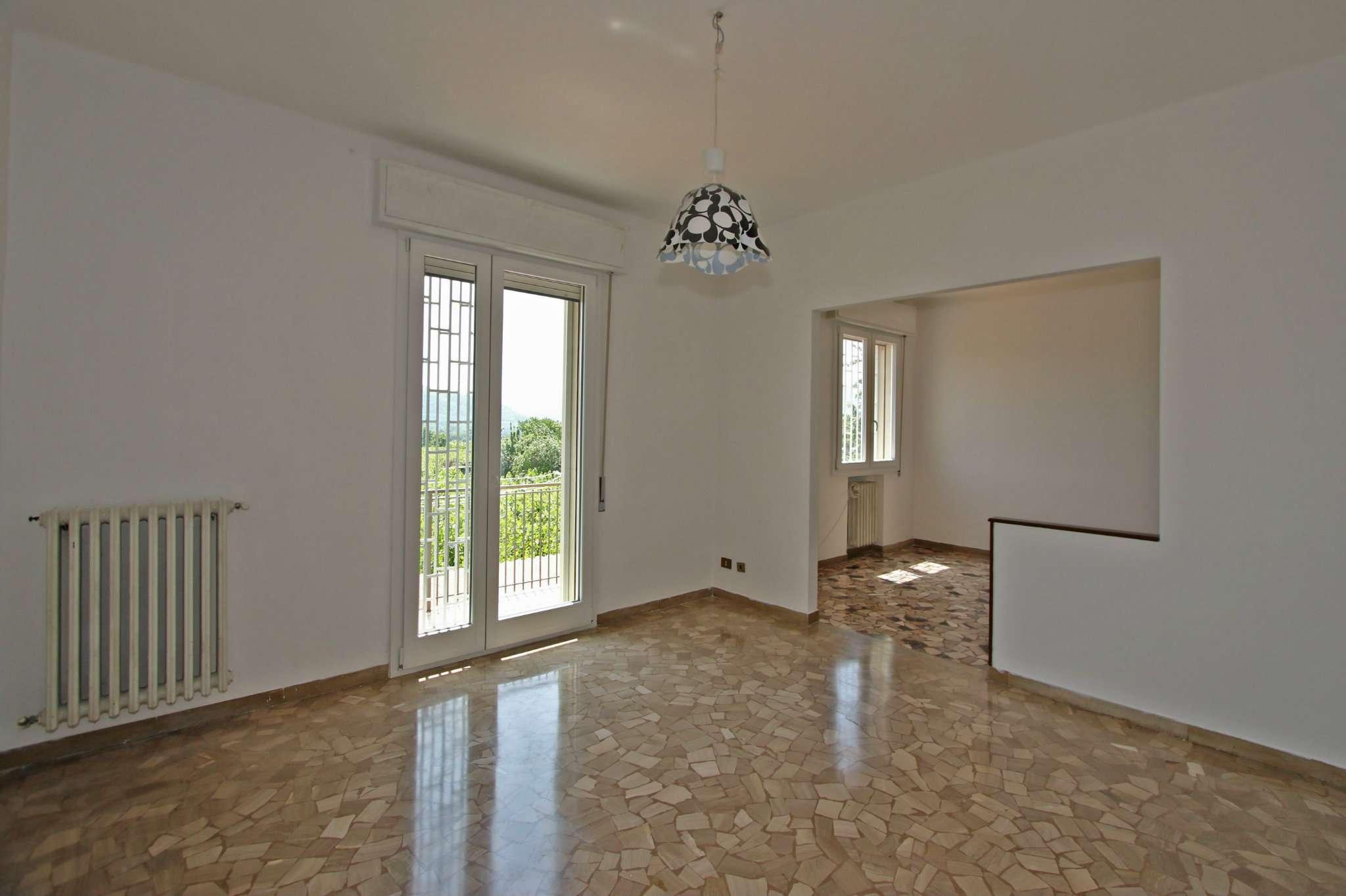 Appartamento in affitto a Sasso Marconi, 4 locali, prezzo € 520 | Cambio Casa.it