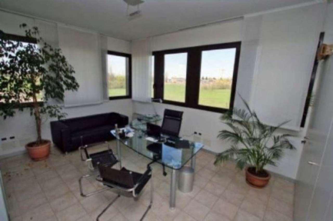 Ufficio / Studio in vendita a Castenaso, 5 locali, prezzo € 170.000 | Cambio Casa.it